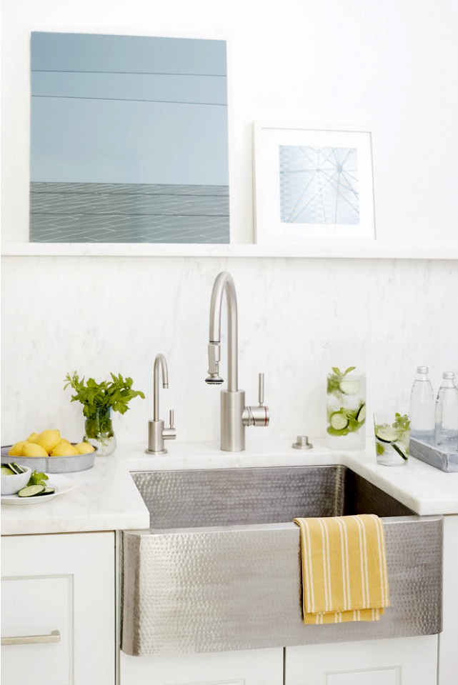 modern kitchen with Linkasink C020-SS farmhouse sink installed
